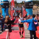 Vencedor del Maratón en la meta de Navajas