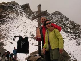 Mar y Josevi en el Col de Valcornera (3.066 m).